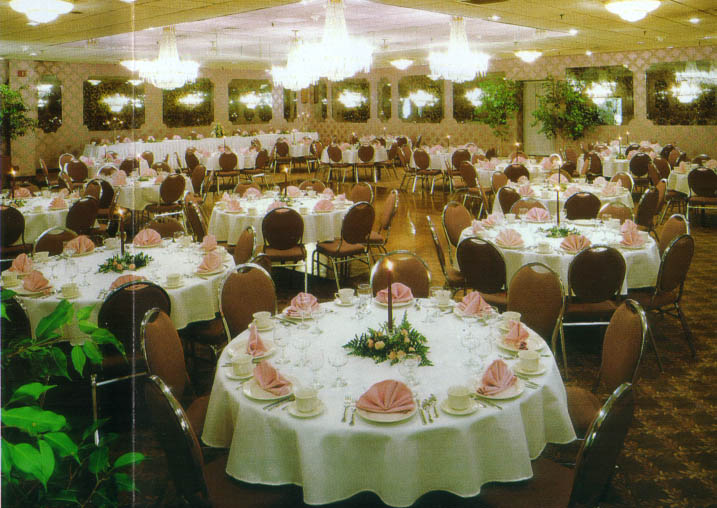 Large Weddings And Receptions In The Poconos Moutains Of Pennsylvania